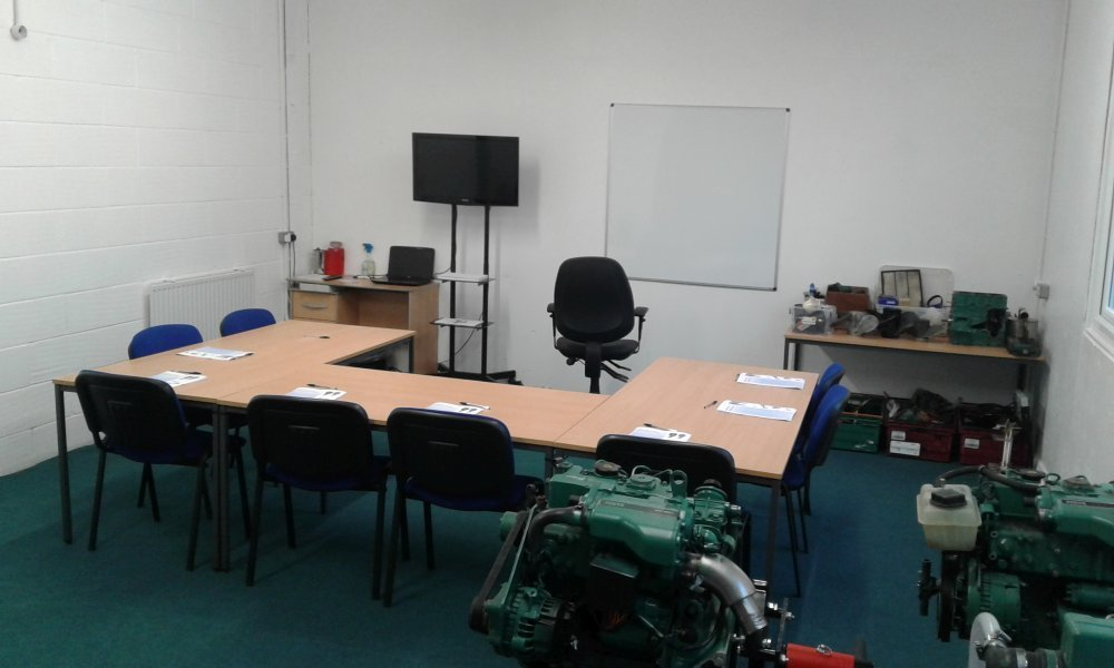 How Much To Replace Alternator >> RYA Diesel Engine Maintenance Courses In Southampton £69